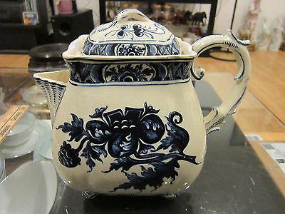 Antique blue-whiteTeapot with Lid