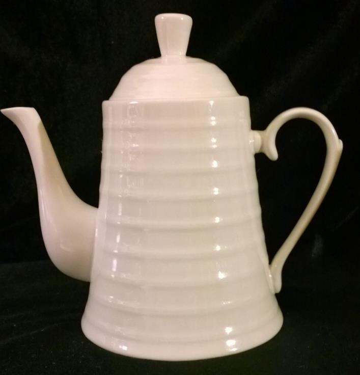 Teapot Off White Ceramic Porcelain 7 1/2