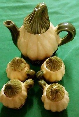 Antique Vintage Ceramic Crafts Americana Pumpkin Shaped Teapot and Cups