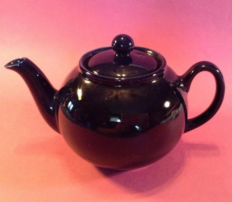 Small Cobalt Blue Teapot - 3 Cups - Made By Pristine - England