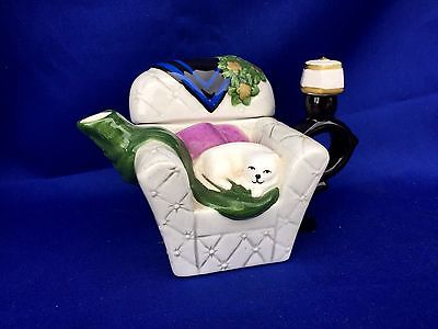 Vintage CAT KITTEN Teapot Tea Pot Victorian Lamp Chase Lounge Chair ANTIQUE wOw
