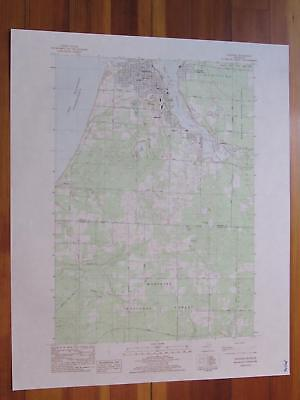 Manistee Michigan 1983 Original Vintage USGS Topo Map