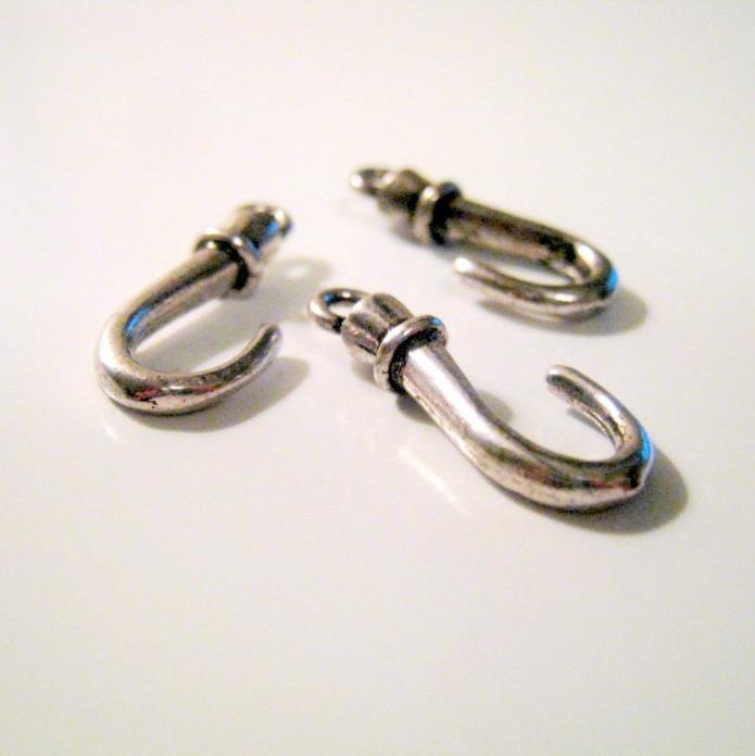 3 Antique Silver Hook Charms, 23x10mm, Jewelry Supplies, Hook Charms G1357