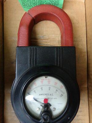 Weston Clamp on AC Volt Amp meter Model 633 in ORIGINAL box  VINTAGE #A-22