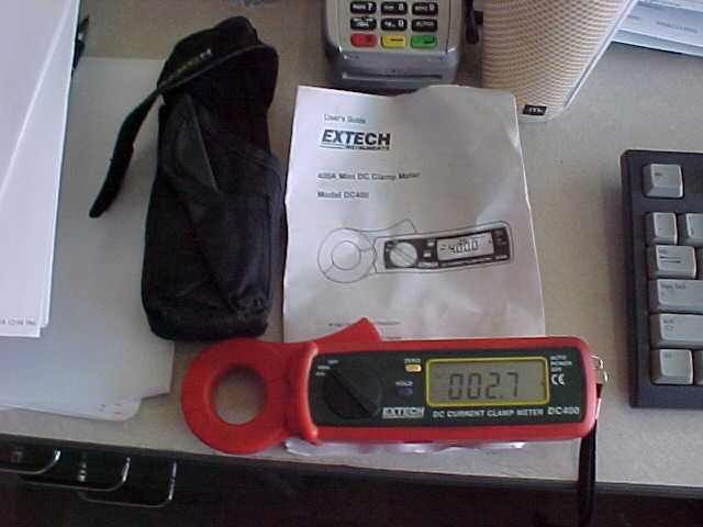 EXTECH DC CURRENT CLAMP  METER DC 400 WITH CASE