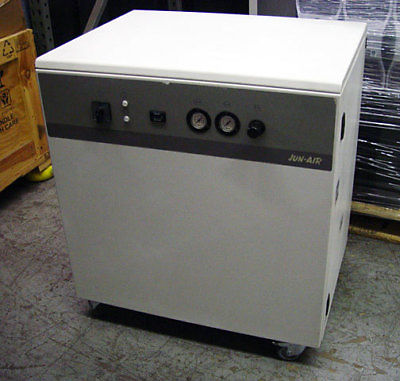 Jun-Air 4000-40MD3 Oil-less Piston Air Compressor Cabinet 1579302