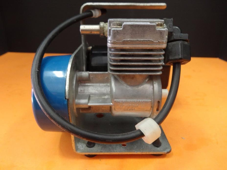 Speedaire Dayton 2Z928B Mini Air Compressor