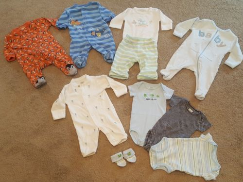 newborn mixed lot. newborn clothes only!
