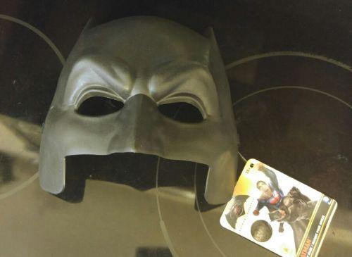 Batman Vs. Superman Batman Superhero Adult Half Mask NEW w tags  D.C. Comics