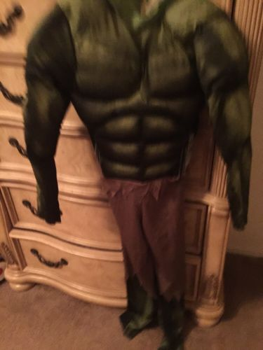 Used Haulk Marvel's The Avengers 2012 Kids Costume Size Large (10-12)