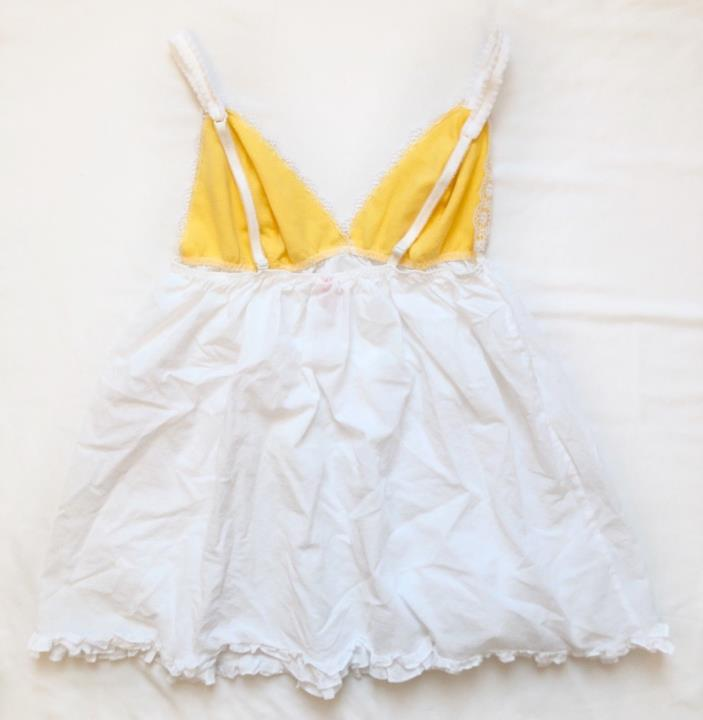 Gently Used Womens Victoria Secret Camisole Size M 100% cotton