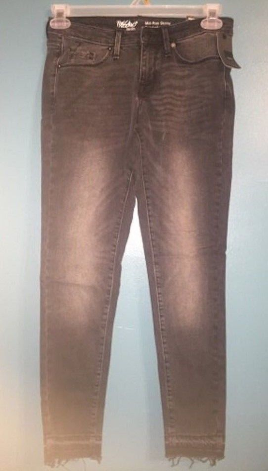 Womens Mossimo Mid-Rise Skinny Jeans Java Black Size 2/R -NEW