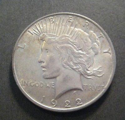 1922  Peace Silver Dollar - 90% Silver - * No Reserve * - (P363)