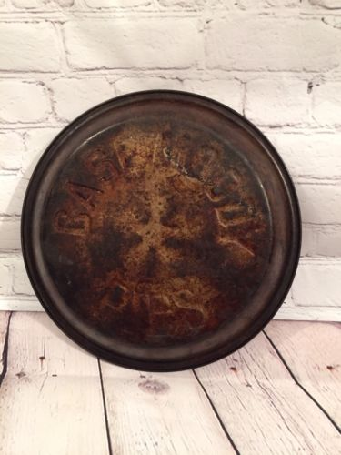 Case Moody Pies Stamped Metal Star Pie Tin Pan Vintage Collectible Home Decor