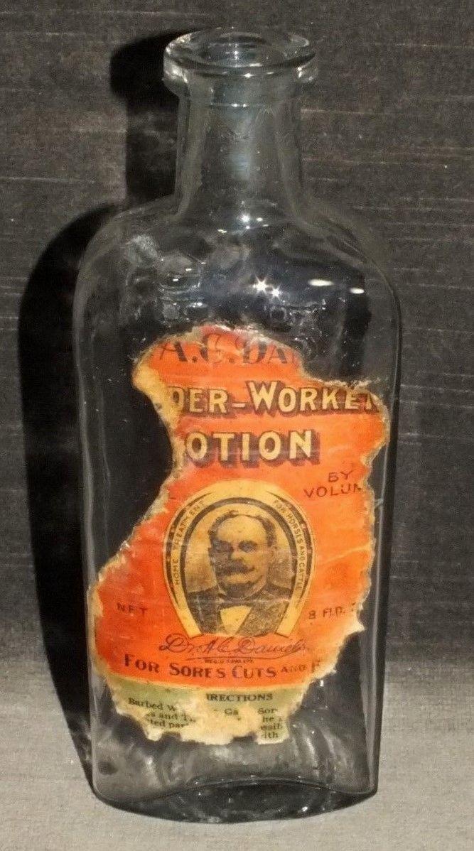 Antique Dr. AC Daniels Lotion Medicine Bottle Boston MS11
