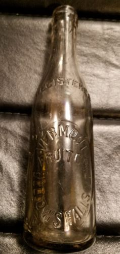 Vermont Fruit Co. Bellows Falls, VT. Vintage Bottle