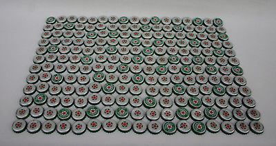 200 Heineken Beer Bottle Caps > Very Good condition  FREE Priority Mail shipping