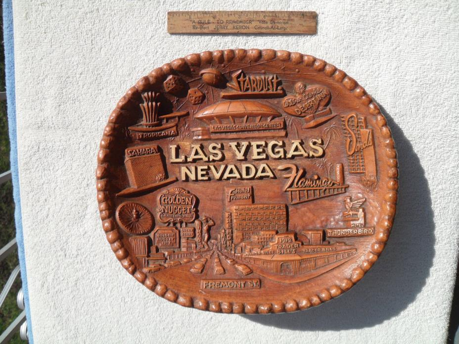 Vintage 1950's Las Vegas Bowl Resin Angelus Souv & Mfg Co Wall Plaque Excellent