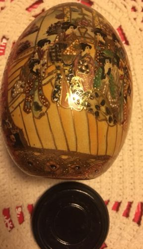 Colorful Oriental Ceramic Egg with base......storage B-104