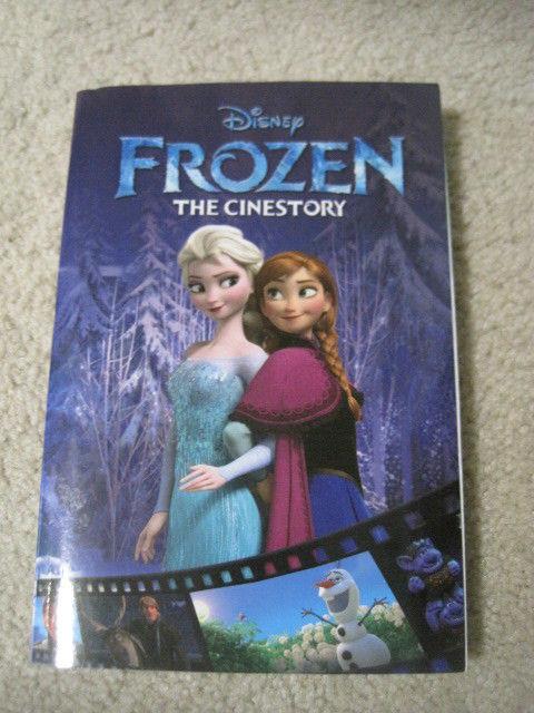 2014 Disney FROZEN The Cinestory Comic Book Style Olaf Anna Elsa Kristoff Sven