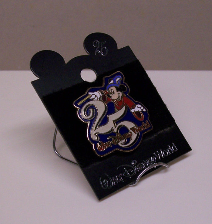 Walt Disney World 25 year PIN Wizard Mickey red robe blue hat collectable