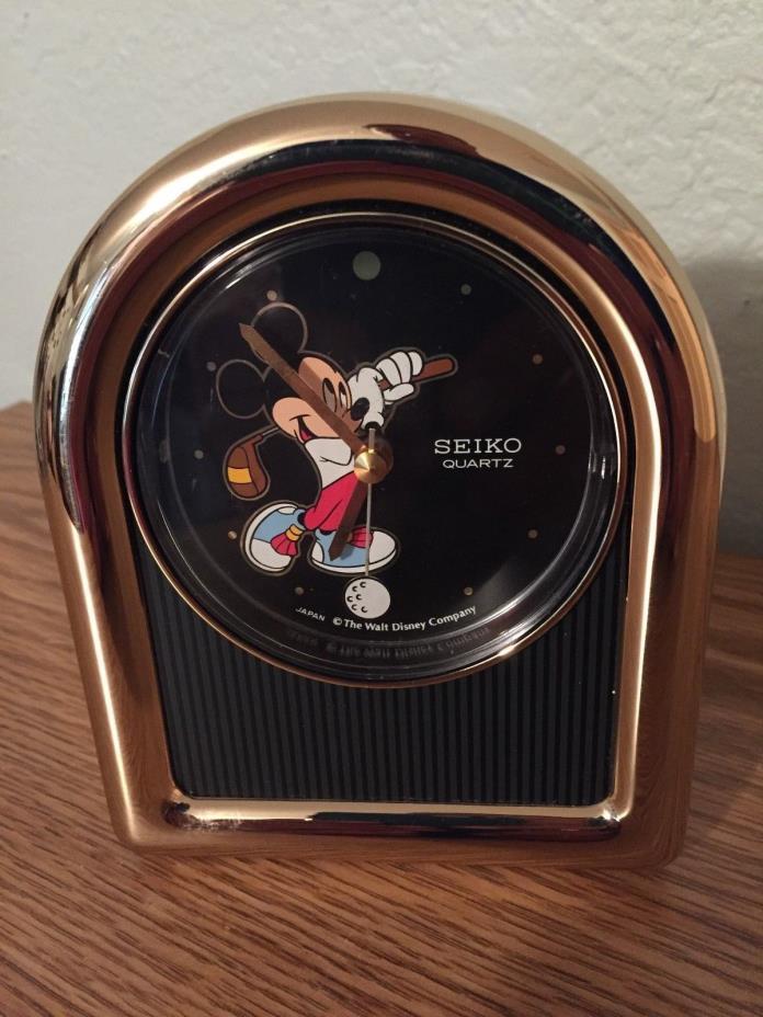 Vintage WALT DISNEY COMPANY Seiko Quartz Golfing MICKEY MOUSE Clock Japan