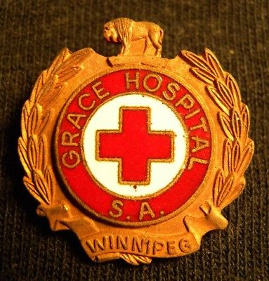 GRACE HOSPITAL SALVATION ARMY WW II ERA PIN BADGE WINNIPEG S.A. CANADA RED CROSS