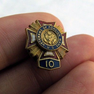 Vintage U.S. Veterans of Foreign Wars 10 Year Lapel Pin or Tie Tack VFW