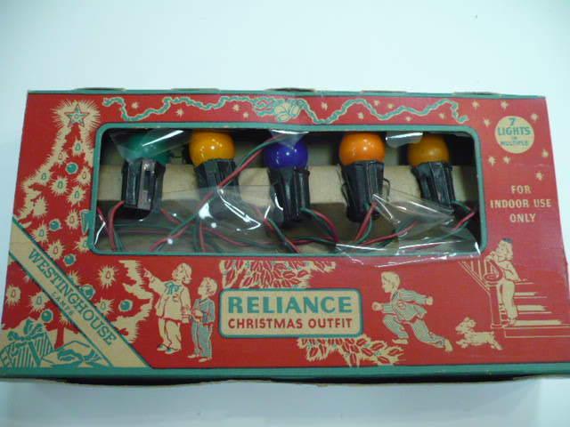 VINTAGE RELIANCE CHRISTMAS TREE LIGHT SET (7) BULB #122 BOXED