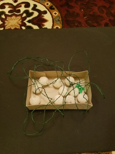Vintage Italian Miniature Novelty Lights White Sugared Snowballs in Original Box