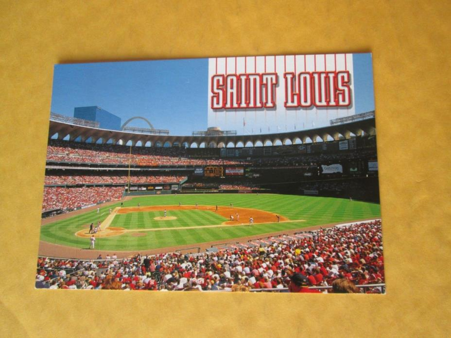 ST LOUIS  BUSCH STADIUM