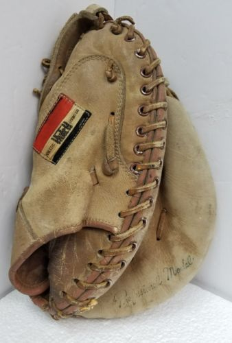 Vintage HUTCH Baseball Catchers Mitt GLOVE Professional Model