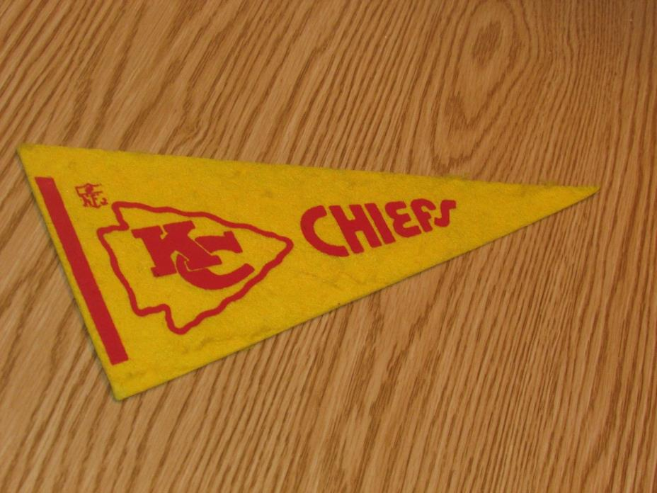 Vintage NFL Kansas City Chiefs 1970's Mini Pennant, 4x9 Inches, Nice!! Stiff!!