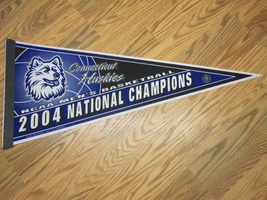 CONNECTICUT HUSKIES 2004 NCAA MEN'S BASKETBALL NATIONAL CHAMPIONS PENNANT