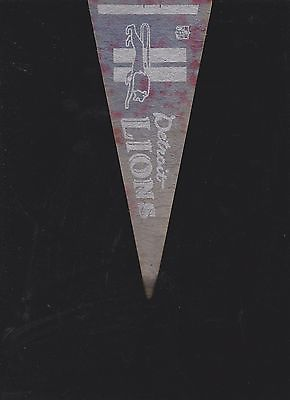 VINTAGE LATE 60'S/EARLY 70'S DETROIT LIONS MINI FELT PENNANT(4 X 9)