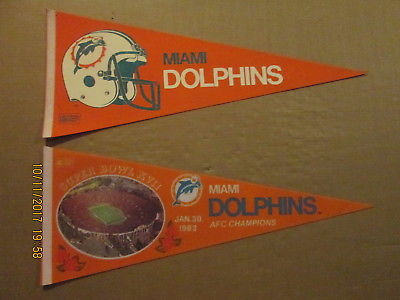 NFL Miami Dolphins Vintage 1980's 2 Bar Facemask & A Super Bowl XVII Pennants