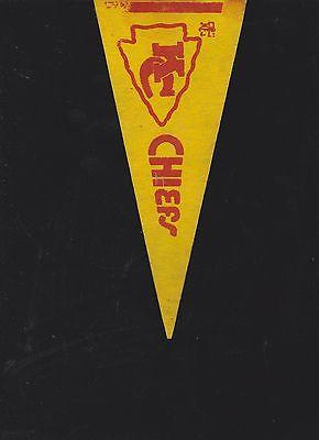 VINTAGE LATE 60'S/EARLY 70'S KANSAS CITY CHIEFS MINI FELT PENNANT(4 X 9)