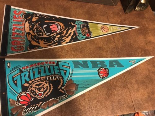 NBA Lot 2 Vancouver Grizzlies Vintage 90's Logo Basketball Pennant