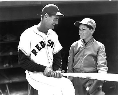 TED WILLIAMS WITH LITTLE BOY 8X10 PHOTO