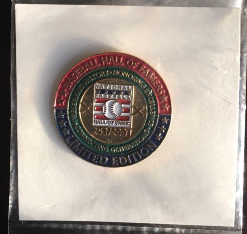 AUTHENTIC National Baseball Hall of Fame Limited Edition Pin LE 253/2001 NIP NOC