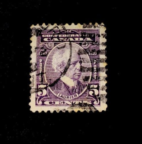 90 Year Old Canada Stamp 144! Laurier, used VF/XF!
