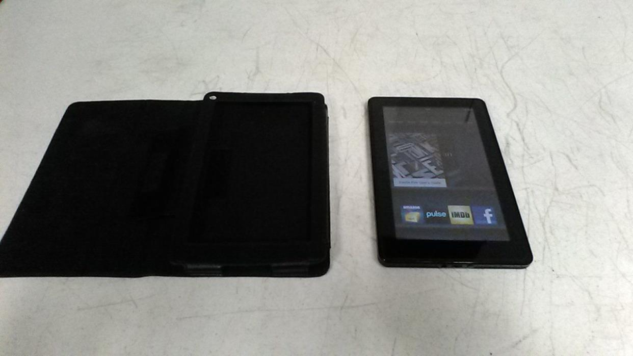 Kindle Fire 8GB Wifi Reader Version 6.3.3 ZEV-1229 with Carry Case / Cover