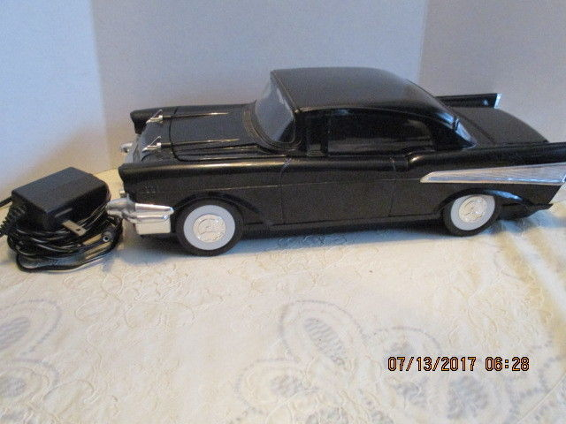 Vintage '57 Chevy Black Silver Plastic Car VHS Video Tape Rewinder With Adapter