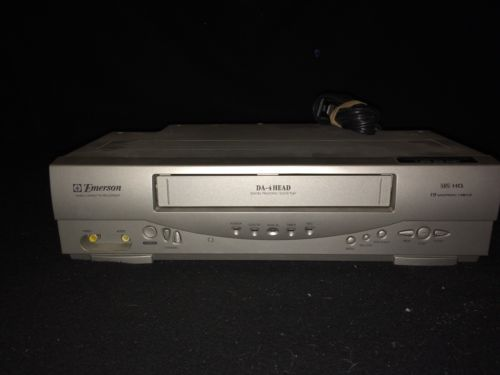Emerson EWV404 VHS VCR Player -TESTED & WORKS GREAT-