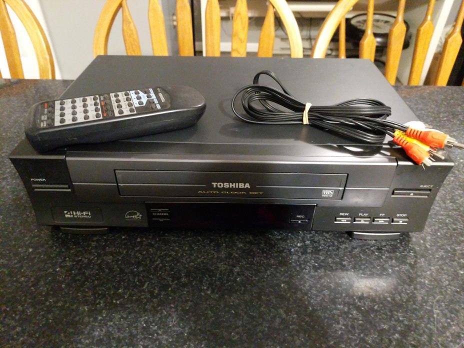 Toshiba 4 Head Hi-Fi Stereo VHS VCR Video Player Recorder Tuner W-512 w Remote