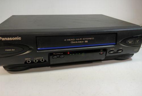 Panasonic PV-V4522 4 Head Hi Fi Omnivision VHS VCR Works great!