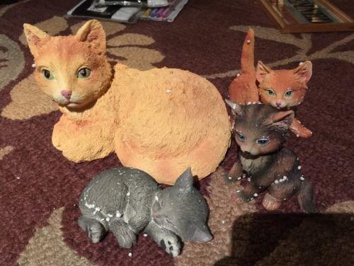 Collecting ETC. Cat Family Ceramic Set Of 4 New In Box Item#14857