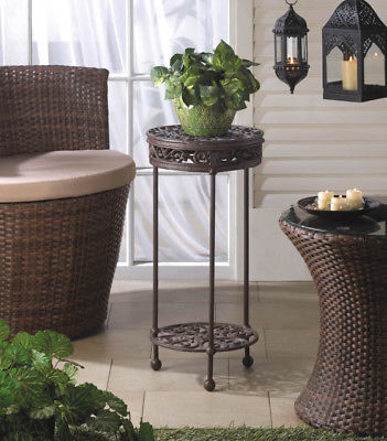 Round Plant Stand 21