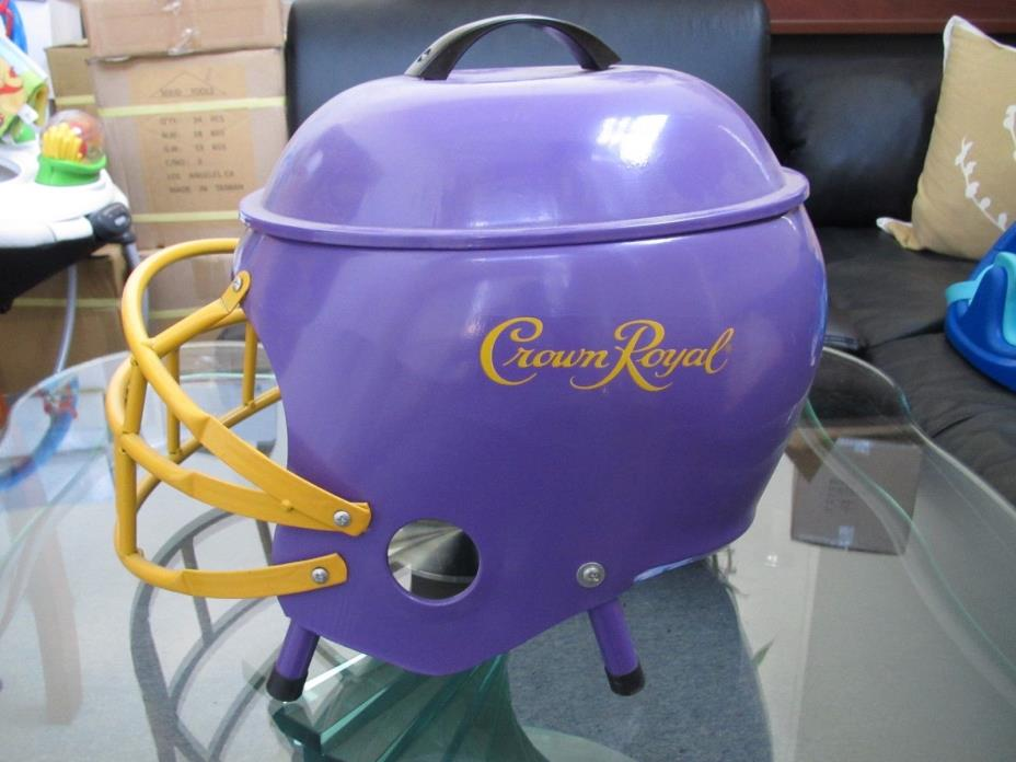 CROWN ROYAL FOOTBALL HELMET GRILL! RARE! VINTGE! PROMOTION ONLY! NEW! TAILGATE!