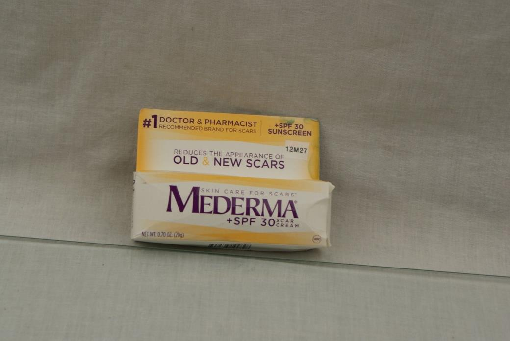 New Mederma Scar Cream Plus SPF 30 .70oz EXP  06/2018 12M27